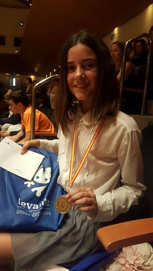 Joven estudiante de Benifaió logra el top 10 en las Jornadas Matemáticas compitiendo con escolares de mayor edad