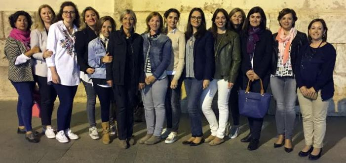 Las Festeras de la calle La Ermita de Benifaió ultiman la programación en honor a la Virgen de los Desamparados
