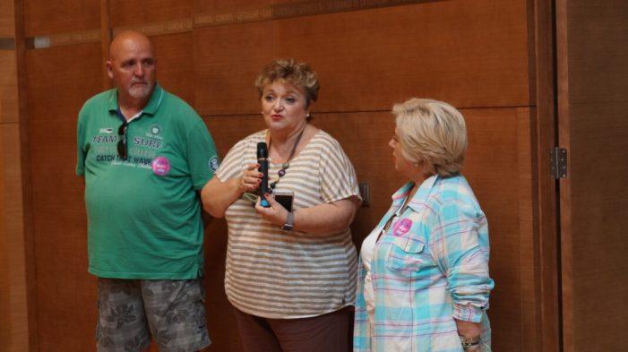 Un centenar de veïns de Corbera i Palma de Gandia visiten la Diputació de València