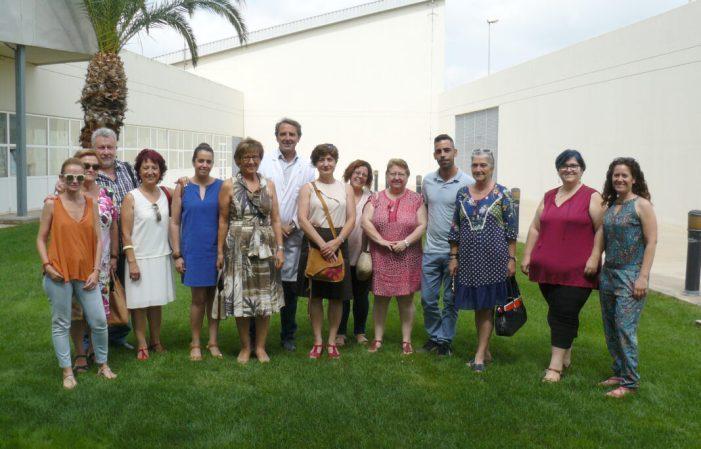 """El """"Foro La Ribera contra el Alzheimer"""" se reúne en el Hospital de Alzira para coordinar acciones de cara al Día Mundial de esta enfermedad"""