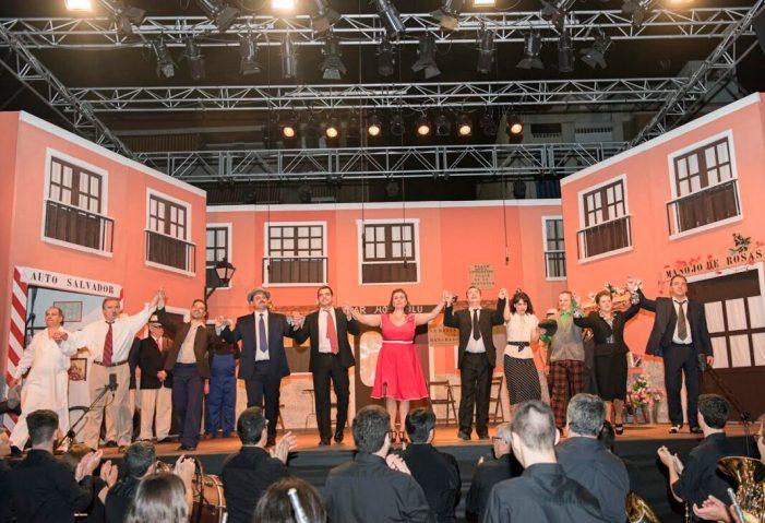 Més de 1.100 persones gaudeixen de l'espectacle de sarsuela organitzat per la banda de la Societat Lira Almussafense