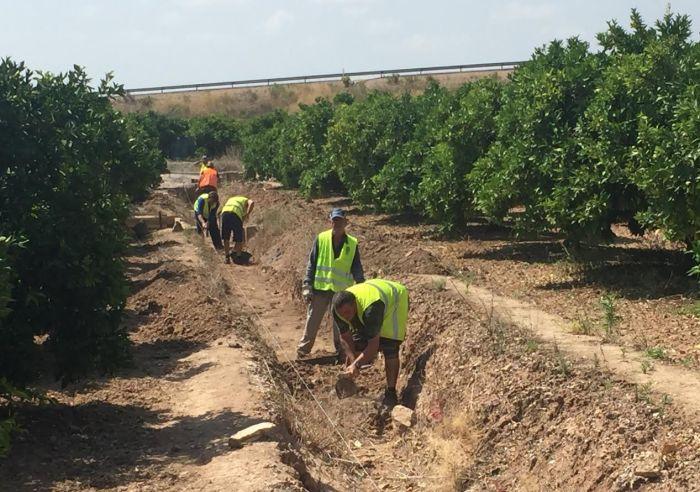 Alberic contracta 81 veïns per a la neteja del terme municipal