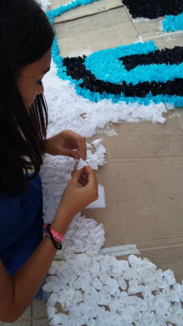 L'Ajuntament de Carlet dona ajudes per a la confecció de carrosses tradicionals de paperets