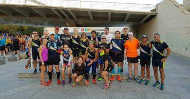 Disset socis del Club Atletisme Almussafes participen aquest diumenge en la Marató de València