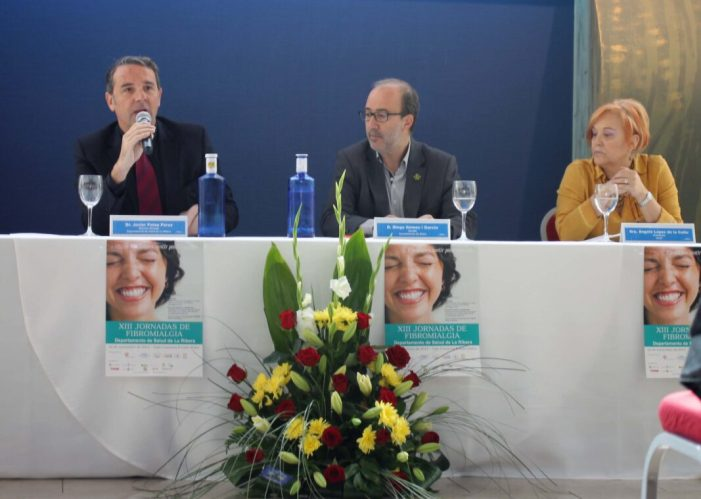 A les XIII Jornades de Fibromiàlgia, organitzades pel Departament de Salut de La Ribera i les associacions de pacients d'Alzira, Sueca, Almussafes i l'Alcúdia.