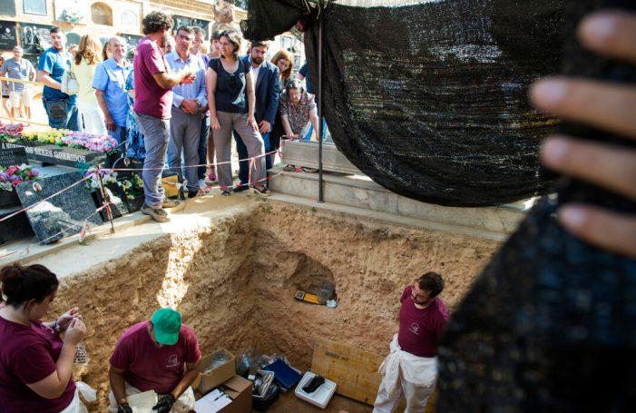 Més de 100 repressaliats del franquisme han sigut exhumats amb finançament de la Diputació