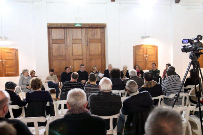 La ciutadania participa activament en la política municipal de Sueca