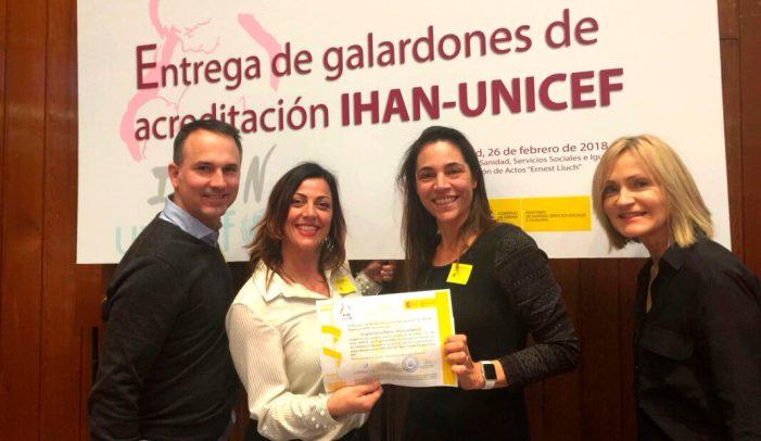 El Hospital de La Ribera ha recibido hoy en el Ministerio de Sanidad la IHAN Fase 1D, la más importante acreditación internacional por su fomento de la lactancia materna