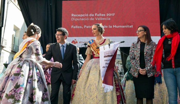 La Diputació celebra la tradicional recepció fallera que retransmetran les televisions comarcals