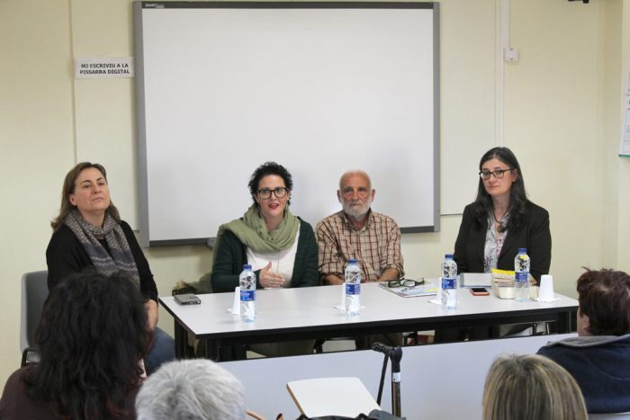 El Medi ambient, protagonista de la setmana en l'escola d'adults d'Almussafes