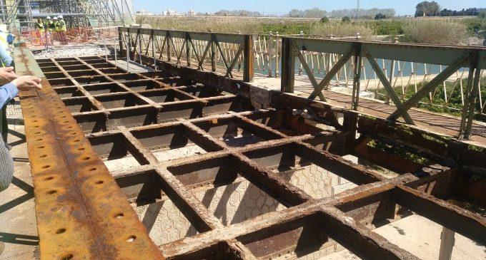Les obres de rehabilitació del pont de Fortaleny avancen per a obrir la via ciclopeatonal projectada per la Diputació