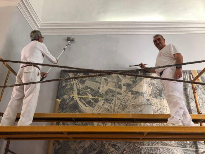 Els centres escolars públics d'Algemesí atendran les seues necessitats de pintura amb el programa d'ocupació que subvenciona la Diputació