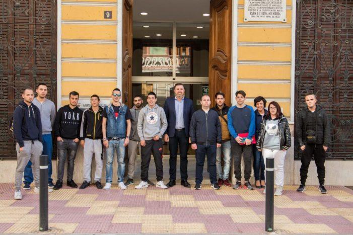 Cullera activa hui un nou pla d'ocupació juvenil dotat amb 290.000 euros
