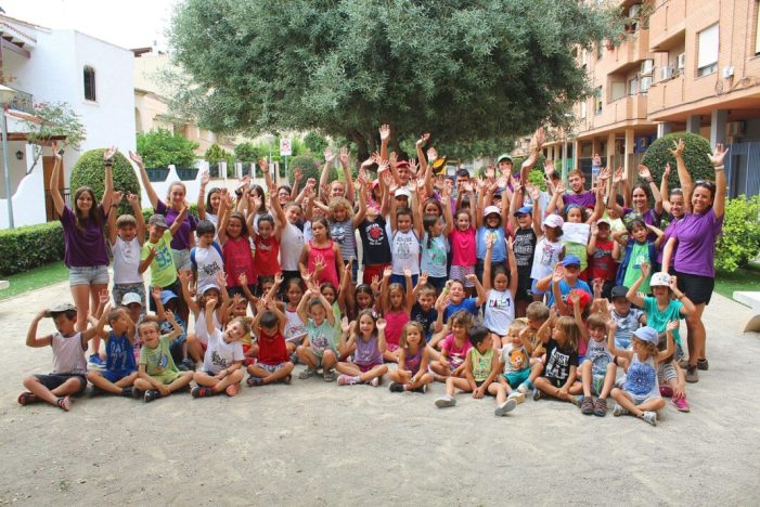 L'Ajuntament d'Almussafes convida als joves a viure l'estiu amb les seues activitats