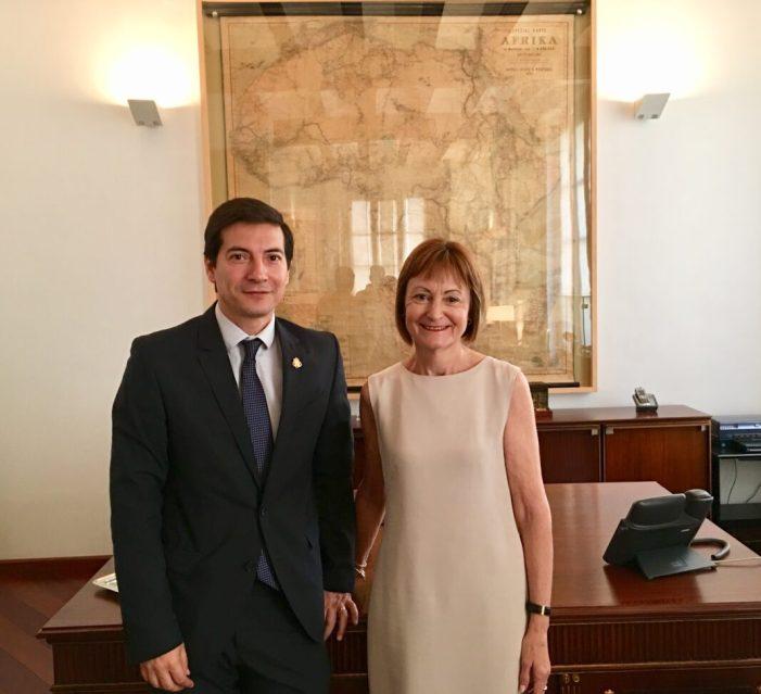 L'Alcalde de Burjassot i la Rectora de la Universitat de València mantenen la seua primera reunió després del seu nomenament
