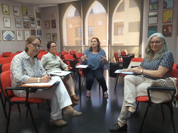 El Grup de Treball de l'Horta Sud especialitzat en l'atenció a l'alumnat TDAH es reunix a Almussafes