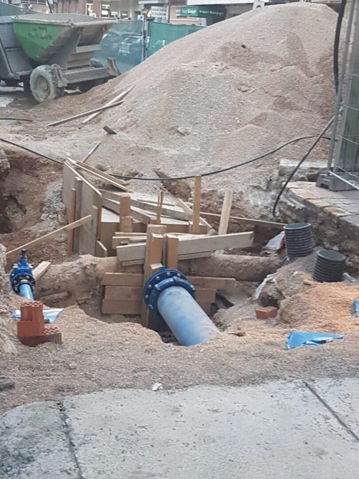 L'Ajuntament d'Alzira informa del tall de suministrament d'aigua, a la zona de la plaça Major esta nit de dimecres, per obres al clavegueram