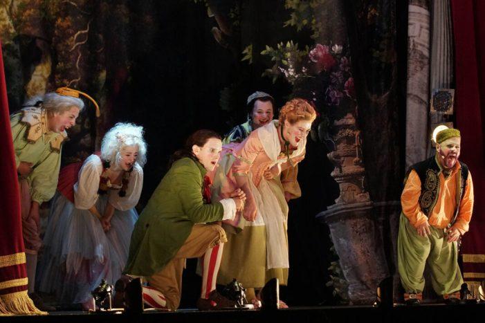 Carlet aposta per l'òpera per a commemorar la festa de Sant Bernat