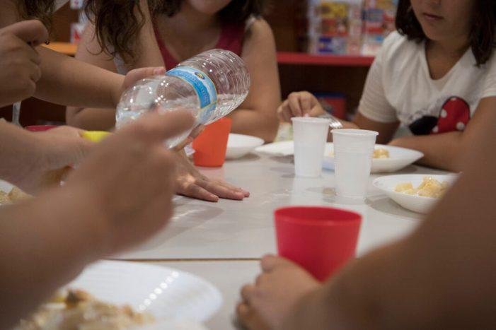 Cullera obri el menjador social d'estiu per quart any consecutiu
