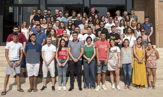 L'Ajuntament d'Almussafes incorpora als 59 treballadors dels programes Empuju i Emcuju