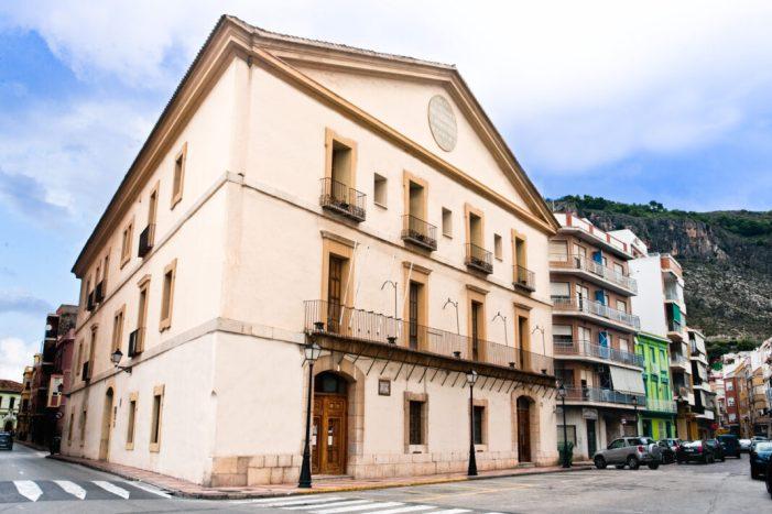 Cullera convertirà la Casa de l'Ensenyança en un centre de recursos estratègics per al turisme