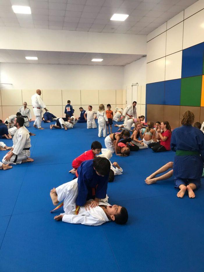 S'ha inaugurat el nou tatami per a practicar judo