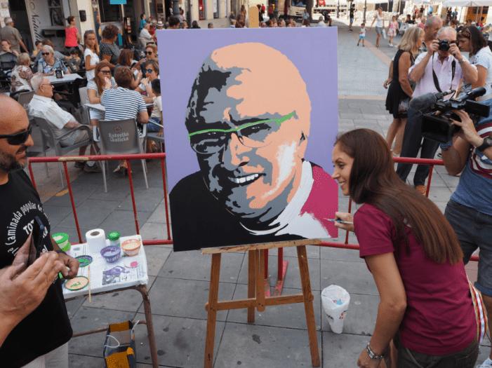 Sueca dedica el dia del color a l'artista Conrado Meseguer
