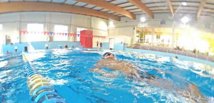 """La piscina Municipal """"Vicent Vera"""" de Sueca compleix 25 anys"""