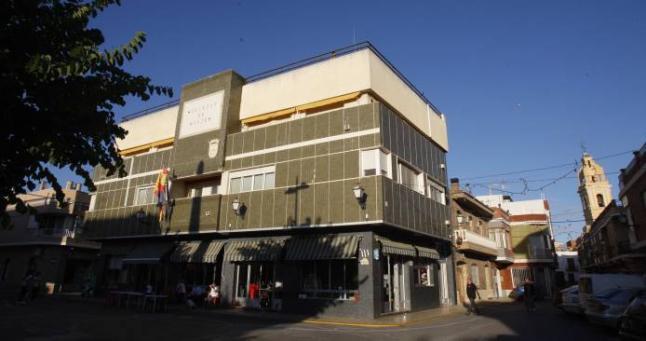 El Consell aprova el conveni per a la reparació de l'edifici de l'Ajuntament d'Alfarb