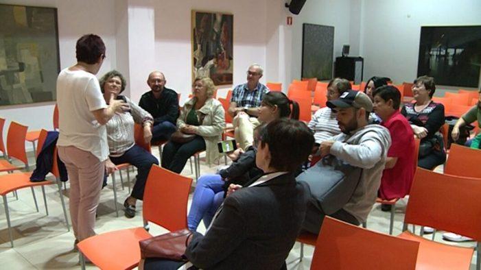 Aviva Algemesí convoca l'onzena edició del Voluntariat pel Valencià