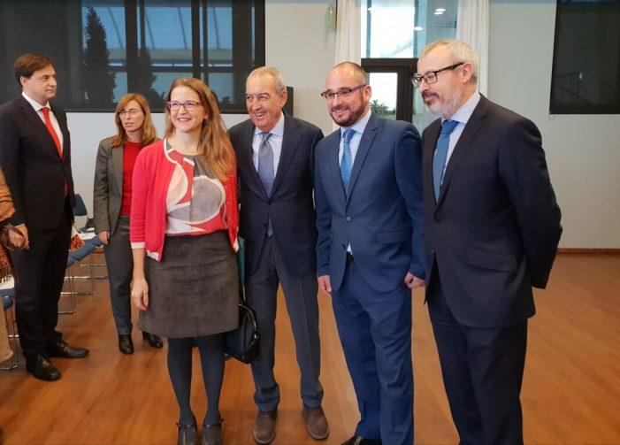 Cebrián defensa la innovació i les noves tecnologies com a eines fonamentals per a millorar la seguretat alimentària
