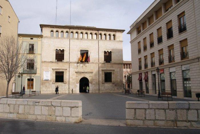 L'Ajuntament concedix 262 ajudes de 140 euros per als vehicles afectats per la barrancada