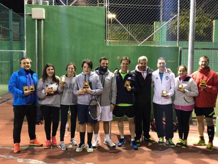 Rècord de participació al IV torneig solidari de Nadal de tenis i pàdel