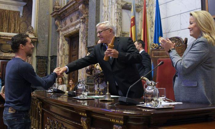 L'Ajuntament de València  rep els guanyadors dels XXXVI Premis Literaris Ciutat de València