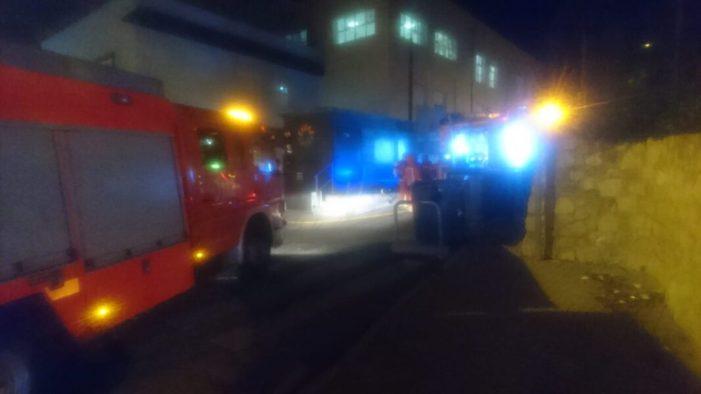 Intervenció de la Policia Local d'Alzira a l'incendi d'una residencia d'ancians privada