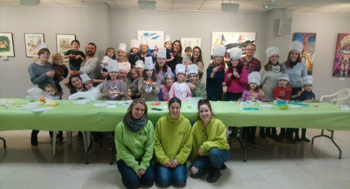 Mans a la massa, nova activitat del projecte municipal Oci en família a Picassent