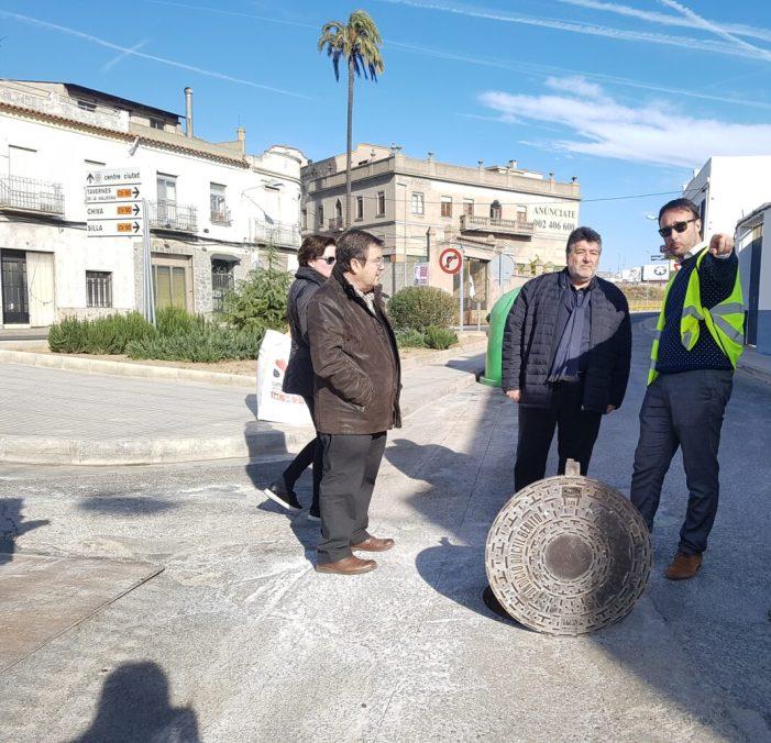 Alzira millora la xarxa de clavegueram en el tram posterior de l'avinguda de Carcaixent
