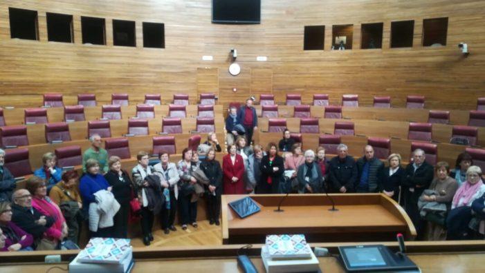 El col·lectiu de majors d'Almussafes visita el Palau dels Borja de València