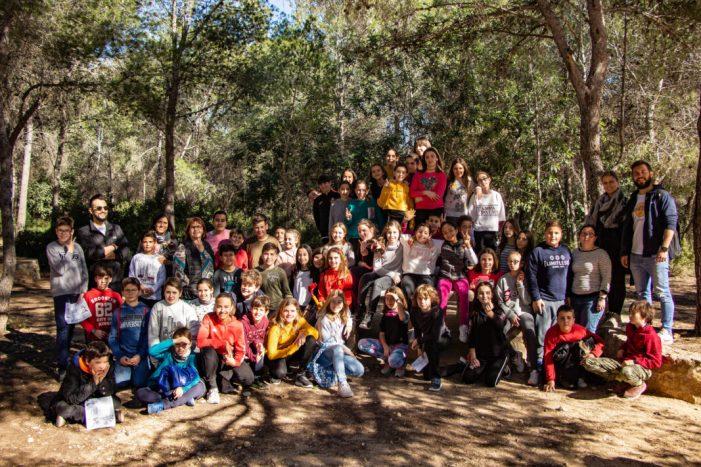 Picassent celebra la Setmana de l'Arbre amb la participació de més de 400 escolars