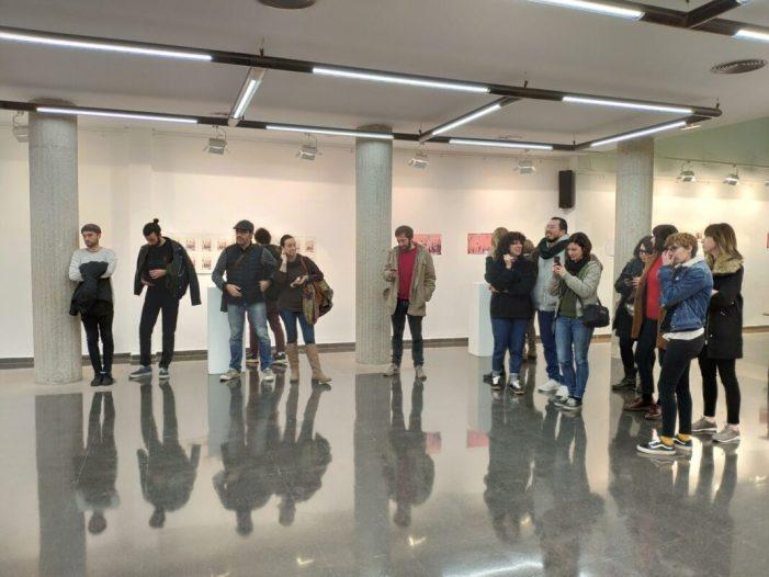 Visita l'exposició fotogràfica 'Vosté dirà' a casa Cultura de Xirivella