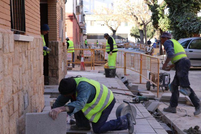 El barri Verge del Colom renova la seua imatge