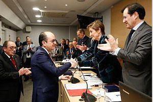 Presa de possessió com a nou Conseller del Consell General de l'Advocacia Espanyola del Degà de l'I. Col·Legi D'Advocats d'Alzira don Agustin Ferrer .