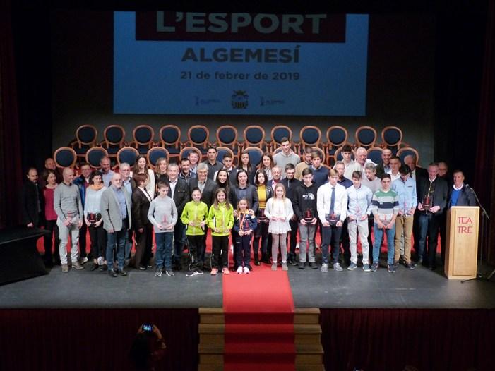 La segona gala de l'esport d'Algemesí reconeix els resultats de 37 esportistes locals