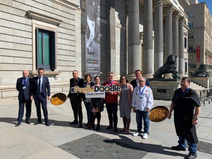 La paella valenciana pren el Congrés amb la iniciativa Paella Doodle en l'últim ple de la legislatura