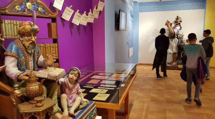 El Museu Faller desperta molta curiositat entre els que el visiten