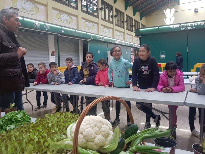 La comunitat educativa de Benifaió participa en les activitats de l'Escola de Vida Saludable Roquette