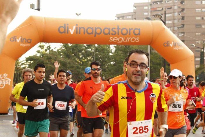 La III Volta a Peu Fundació València CF conclou en l'estadi Mestalla
