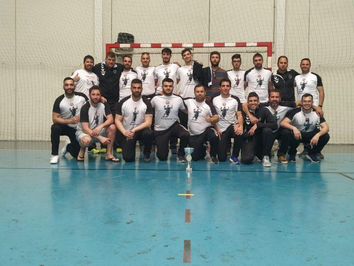 L'equip sènior masculí del Club Handbol Burjassot ascendeix a segona nacional