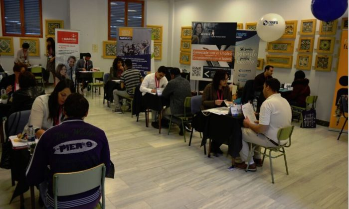 """El fòrum d'ocupació """"A Benetússer fem ocupació"""" facilita la inserció laboral de 35 persones"""