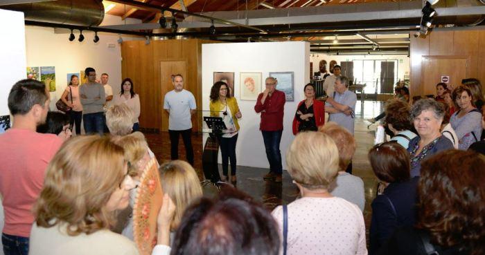 L'exposició de treballs de l'alumnat dels tallers obri la Setmana Cultural del CFPA de Paiporta